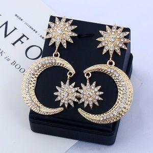 ✨NEW Big Crystal Gold Moon Star Drop Earrings✨